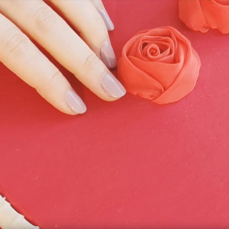 online class, rose, Valentino rose, fabric rose, flower, floral red flower, tucking, fabric manipulation