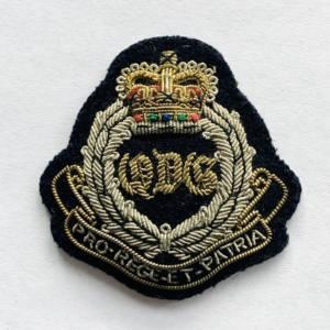 Queen's Dragoon Guard Cap Badge, badge, Cap, Cap Badge, Blazer Badge, Vintage badge, military, military badge, military button