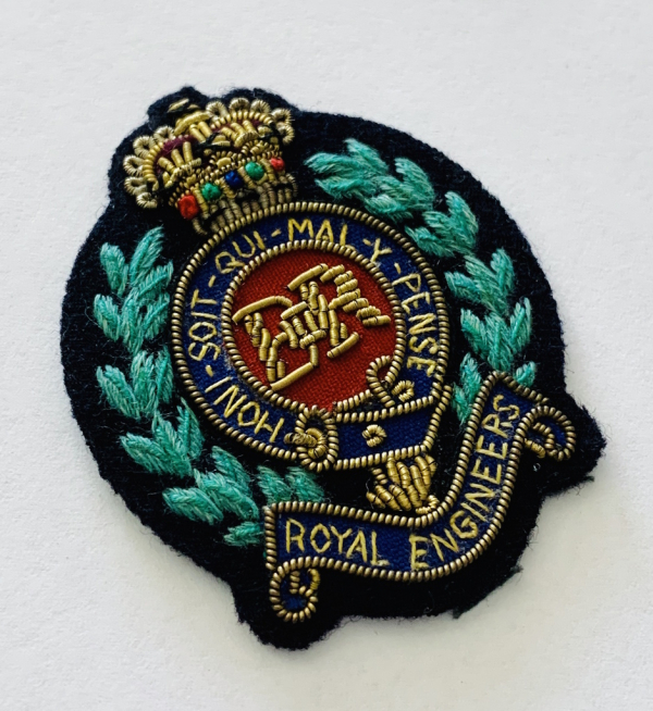 Royal Engineers Cap Badge, Cap, Green Badge, Gold, Gold Badge, Cap Badge,Blazer, badge, Cap, Cap Badge, Blazer Badge, Vintage badge, military, military badge, military button