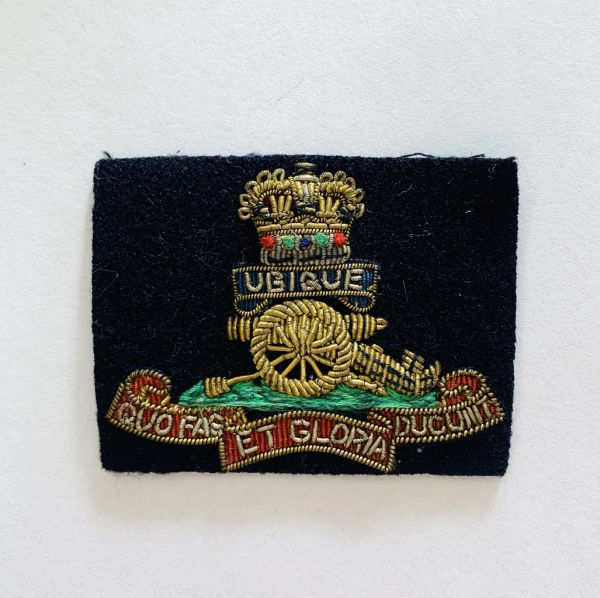 The Royal Artillery Cap Badge, Cap, Gold, Gold Badge, Cap Badge,Blazer, badge, Cap, Cap Badge, Blazer Badge, Vintage badge, military, military badge, military button