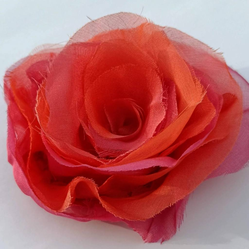 Fabric Flower, Fabric Rose, red Rose, Chiffon, Chiffon Rose, Fabric Manipulation, Product sample, Product outcome,