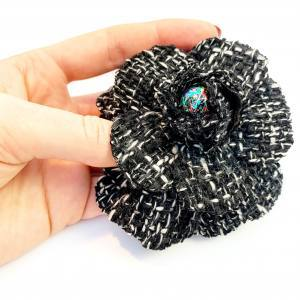 fabric flower, tweed flower, boucles tweed, black and white, silk flower making, artifical flowers,